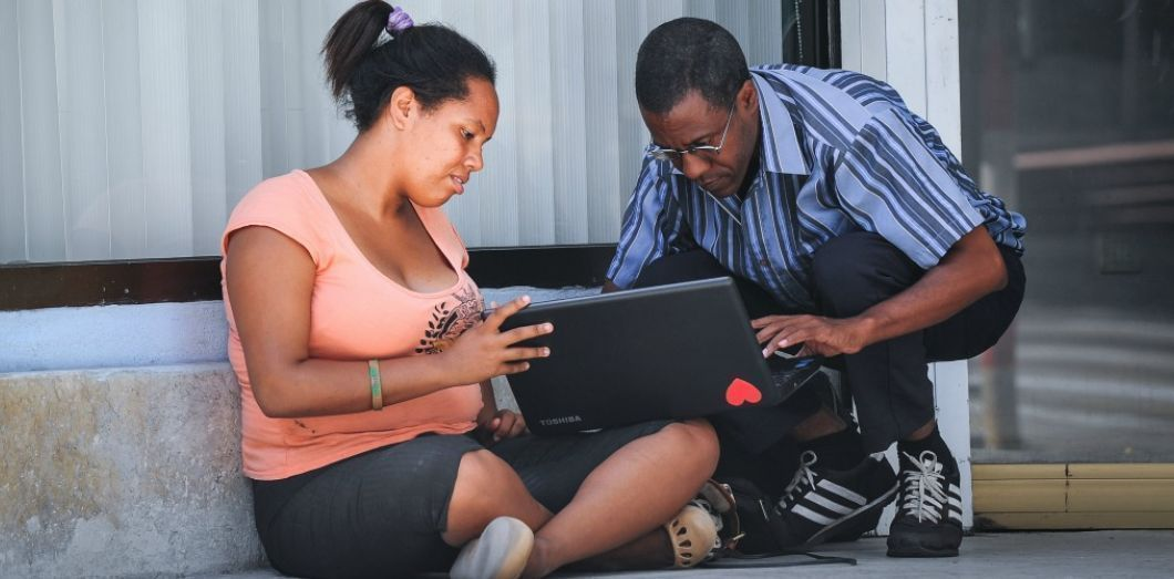 Connexion au wifi en 2015 I YAMIL LAGE / AFP